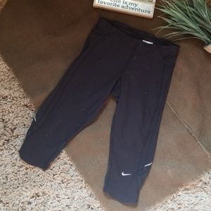 Nike fri fit athletic Capris